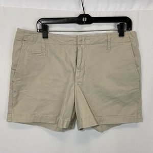 Vintage High Waisted Tommy Hilfiger Shorts 12
